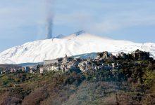 etna-panorama-con-castiglione-ed-eruziione.jpg