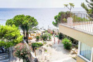 villa-oasis-taormina_veranda-suite-sea-view_8.jpg